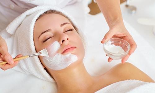 Imagem do curso Farmacologia e Cosmetologia Para Profissionais da Estética