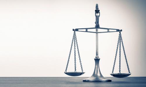 Imagem do curso Direito Constitucional