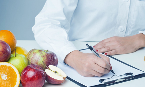 Imagem do curso Nutrição Clínica Avançada: Metabologia, Terapêutica Nutricional e Dietoterapia
