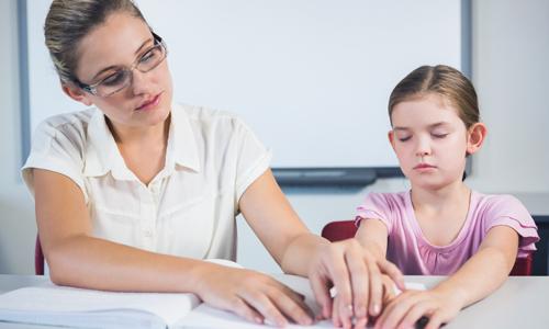 Imagem do curso Educação Especial na Área da Surdocegueira