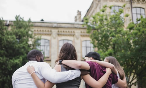 Imagem do curso Direitos Humanos, Inclusão e Arte