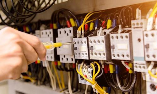 Imagem do curso Instalações Elétricas em B.t e M.t