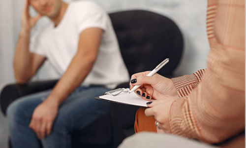 Imagem do curso Emdr em Psicologia da Saúde: Abordagem Terapêutica Para Tratamento do Trauma Emocional
